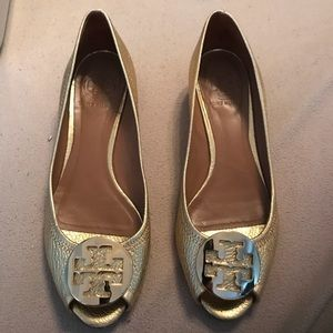 Gold TORY BURCH shoes